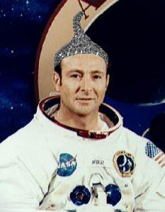 Dr. Edgar Mitchell - Aliens Amoung Us